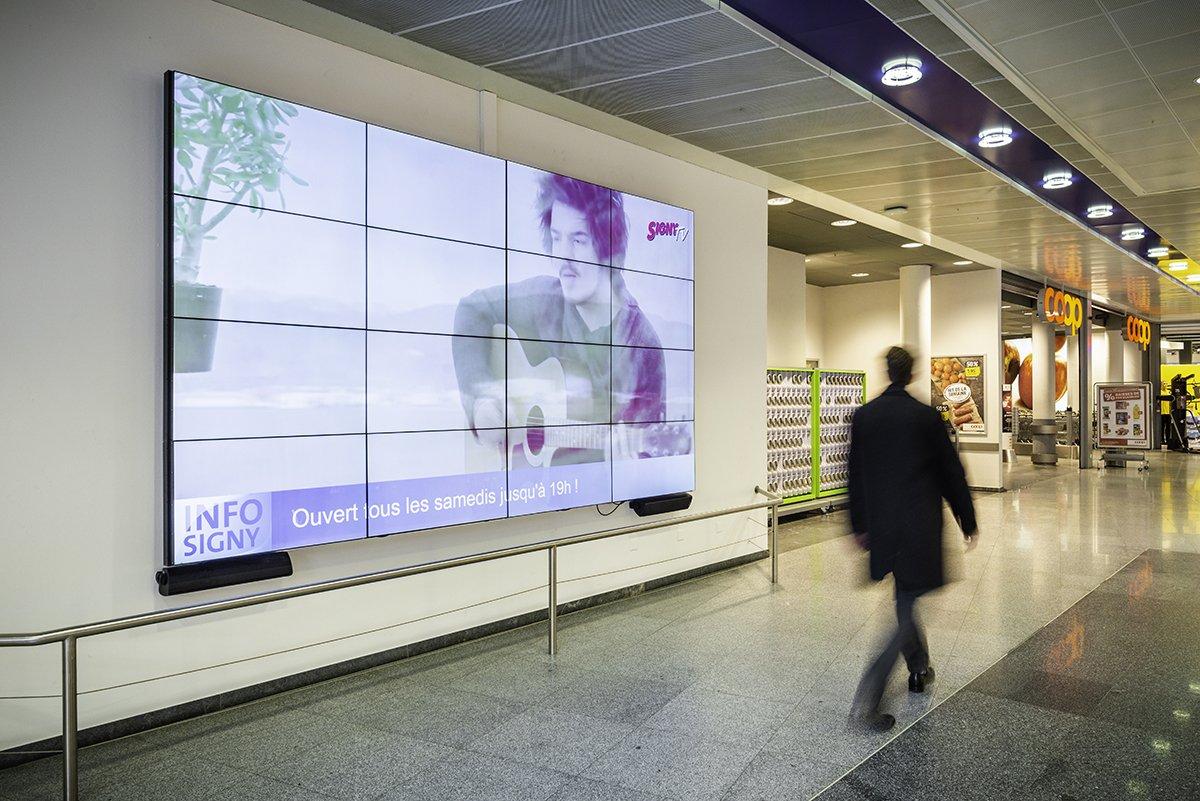 Signy centre mur d'écrans installés par Pixium.